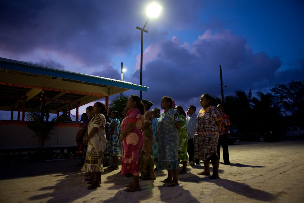 Community from Enewektak sing as part of the Nuclear Survivors Remembrance week in Majuro, Marshall Islands / Photo: Jessie Boylan